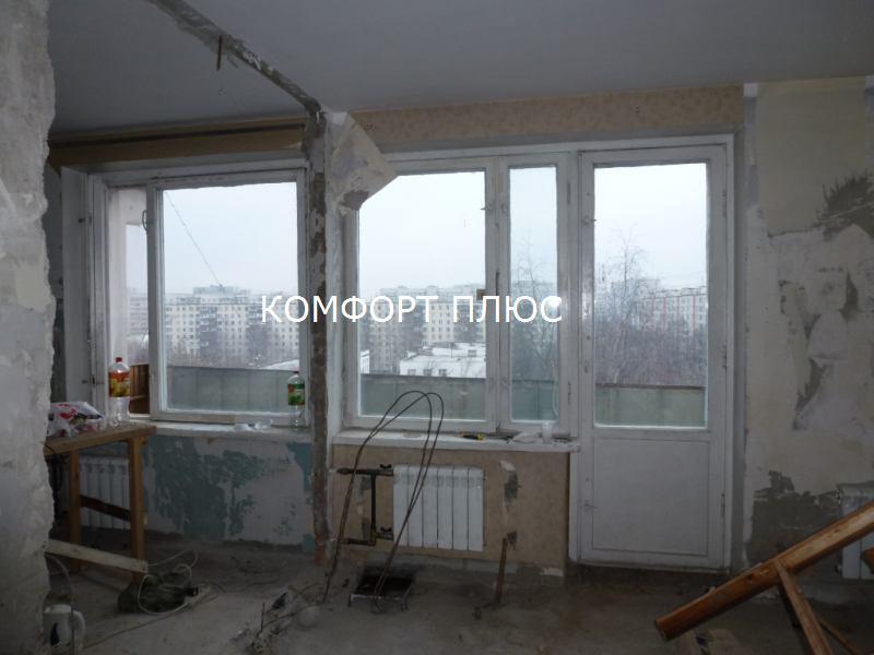 Остекление лоджии с установкой крыши в доме серии ii-68-04. .